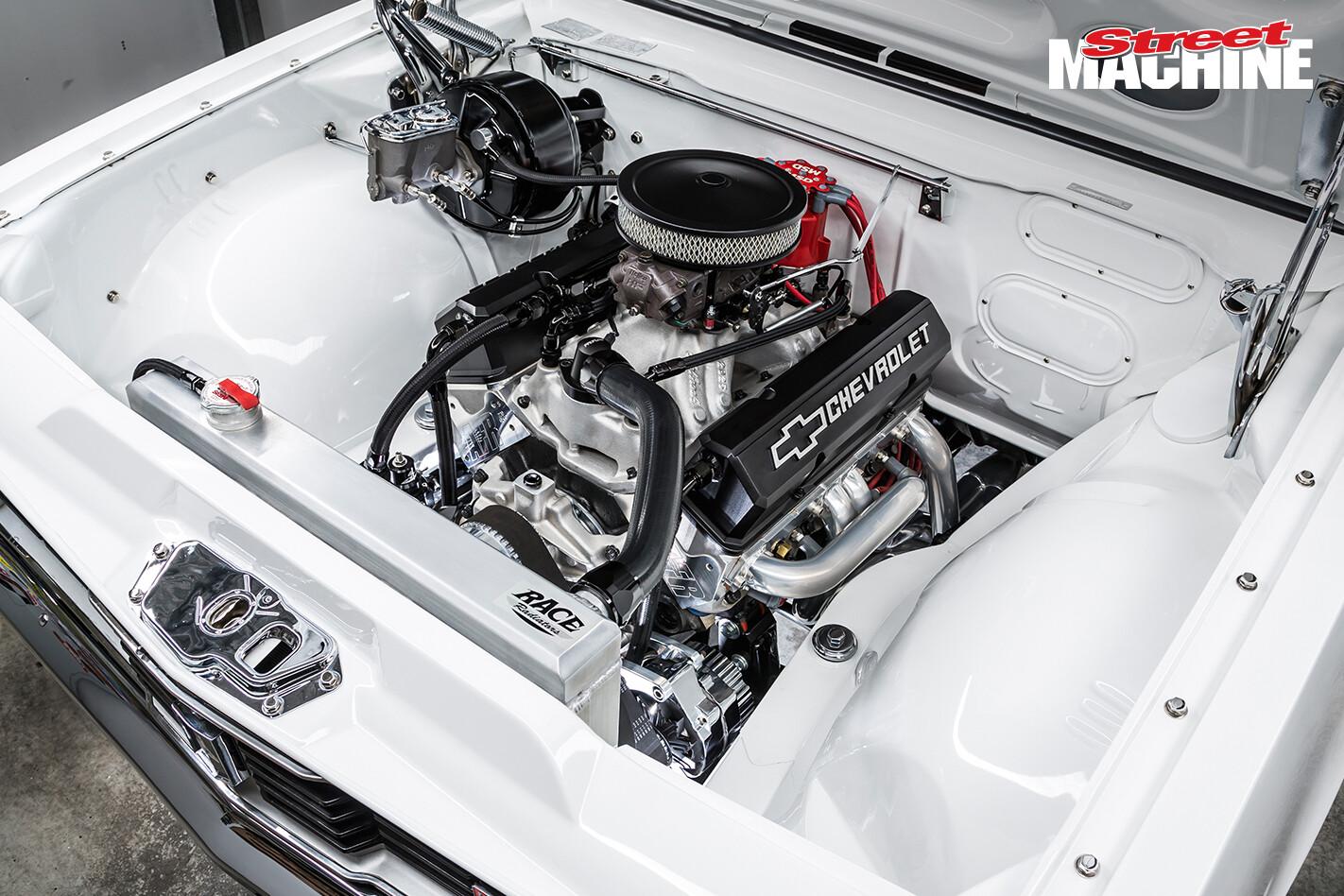 Holden HT Monaro GTS 3