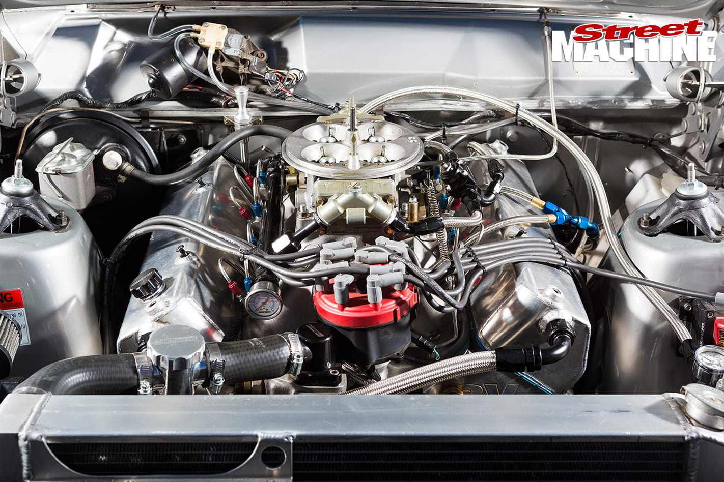 1970-Ford -XW-Falcon -engine -detail