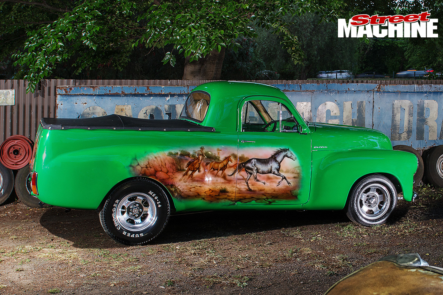Holden -FJ-Utility -side -view -mural