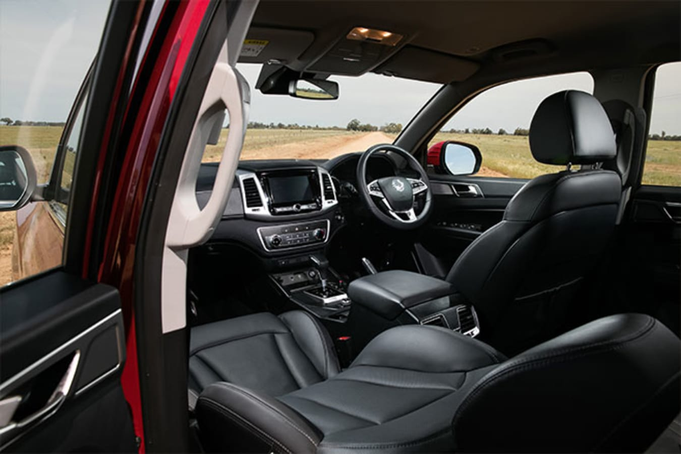 SsangYong Musso XLV Ultimate interior