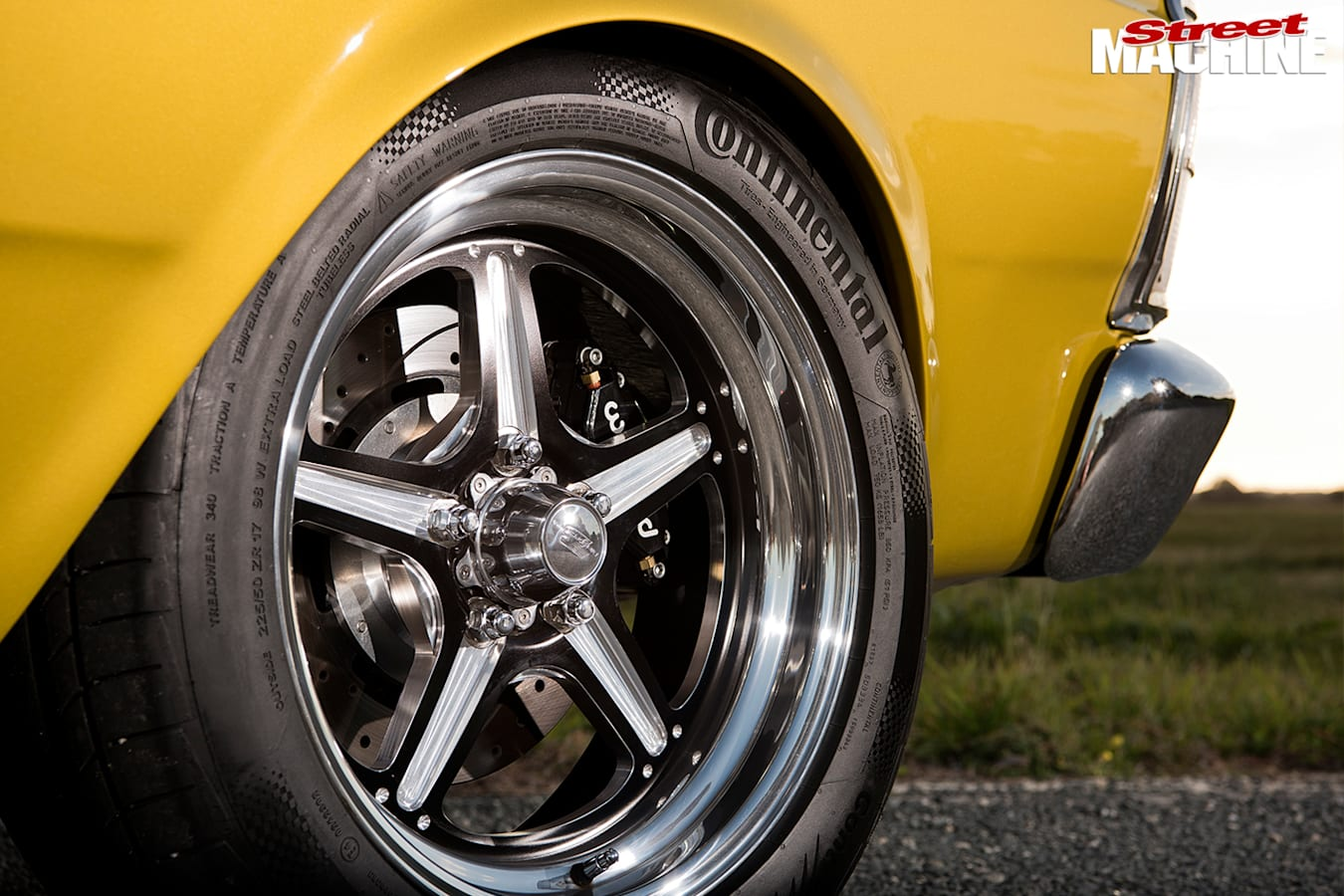 Ford -xw -falcon -wheel