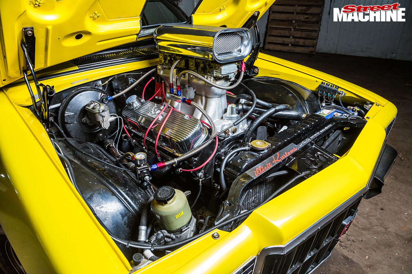 Van -rat -panel -van -engine -bay