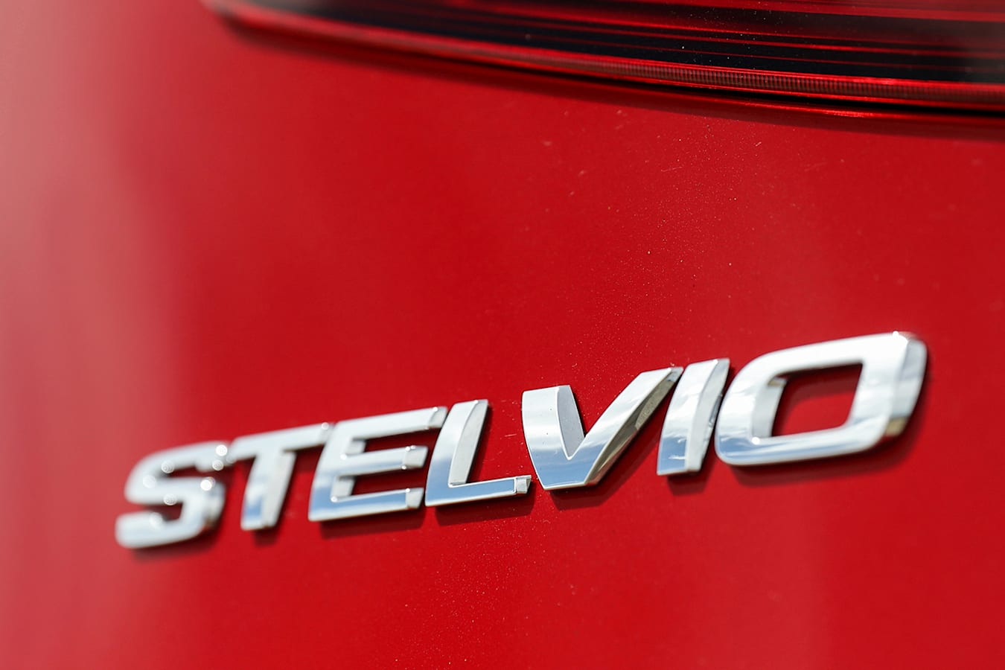 Alfa Stelvio Badge Jpg