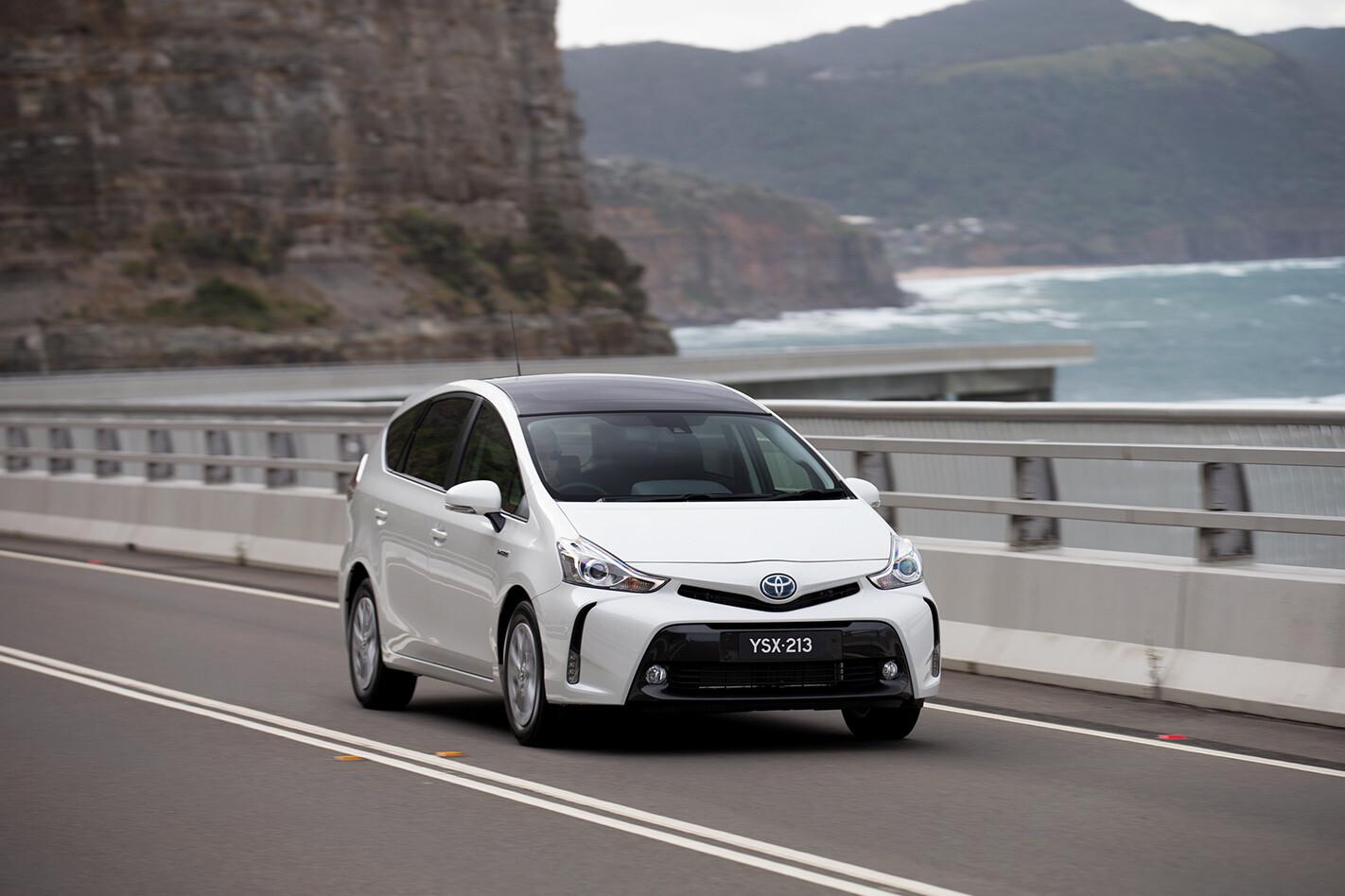 Toyota Hybrid Prius V Jpg