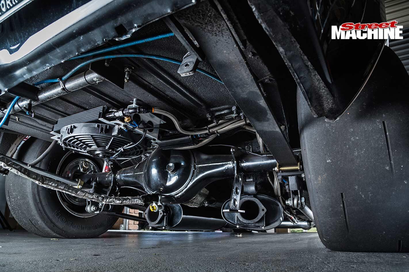 Chevrolet Camaro underside