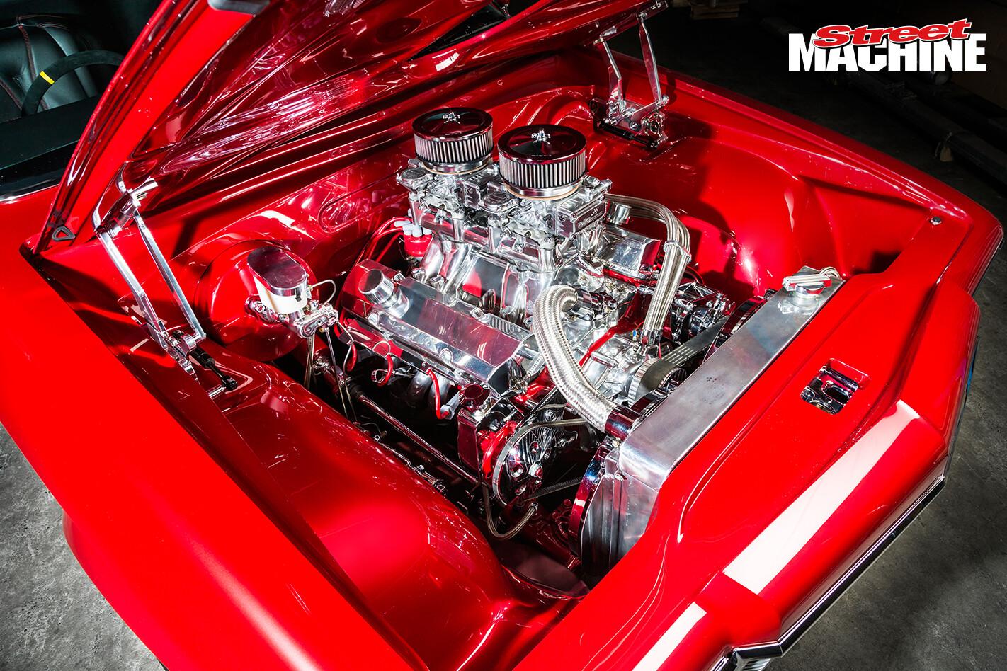 HZ Holden Ute Custom 355 Engine 1
