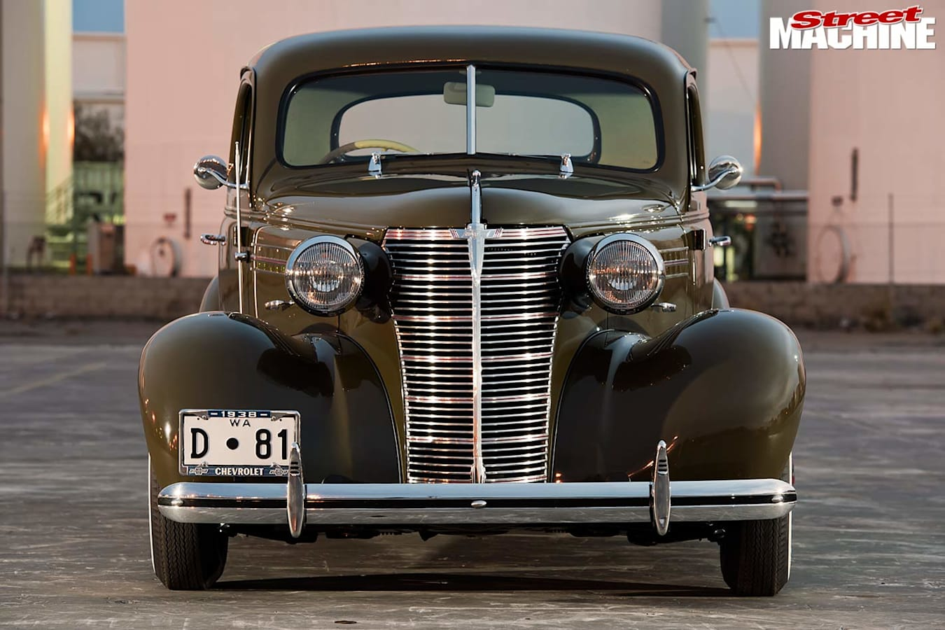 1938 Chev coupe front