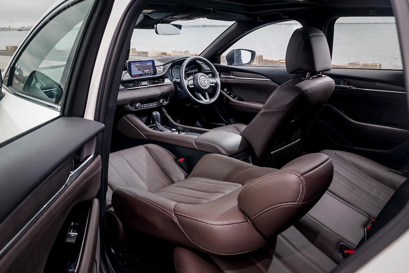 2019 Mazda 6 Atenza wagon