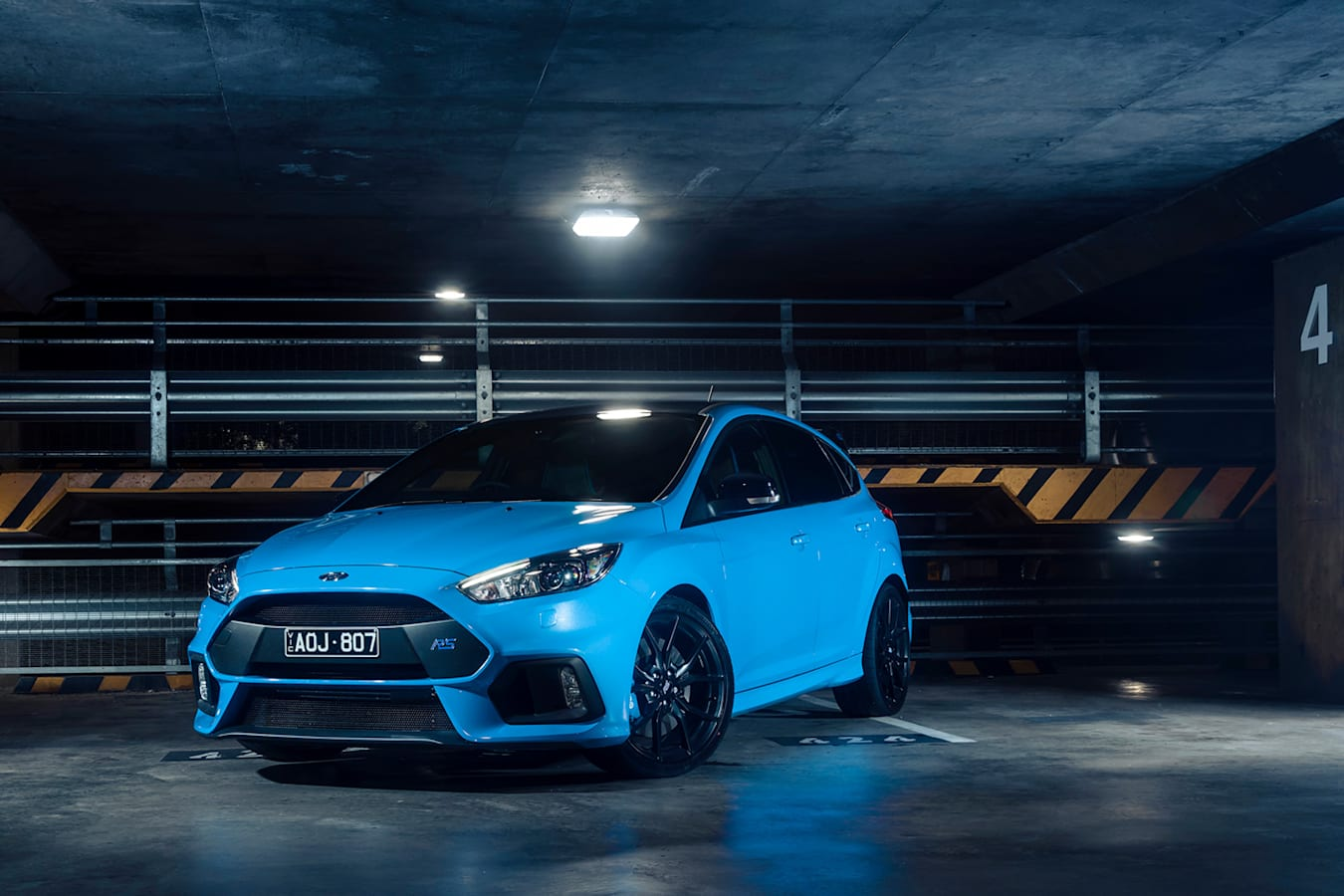 Ford Focus Rs Angle Jpg
