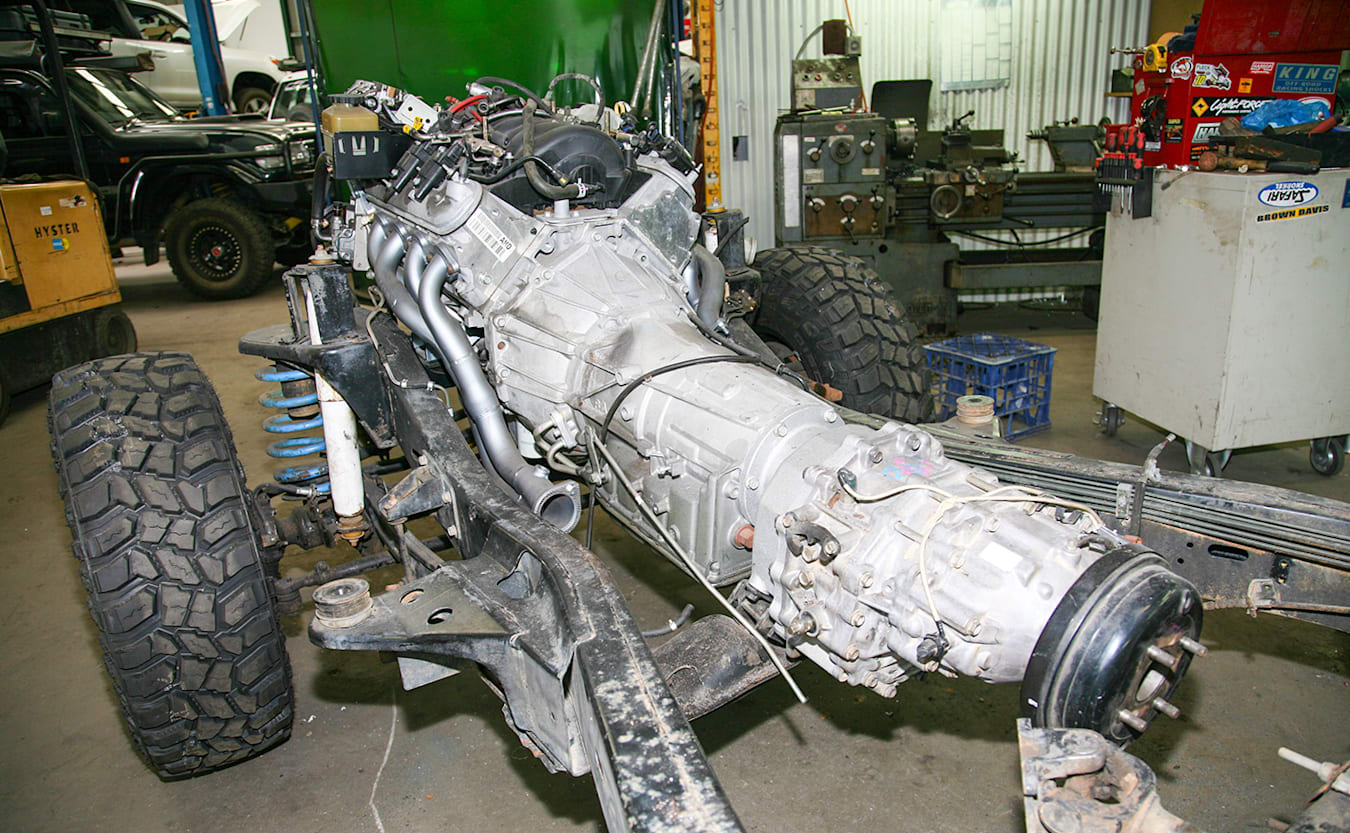 Holden 1 Tonner build chassis