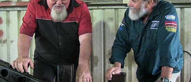 Experienced hands pitch in to help Roothy with the Milo 2 build