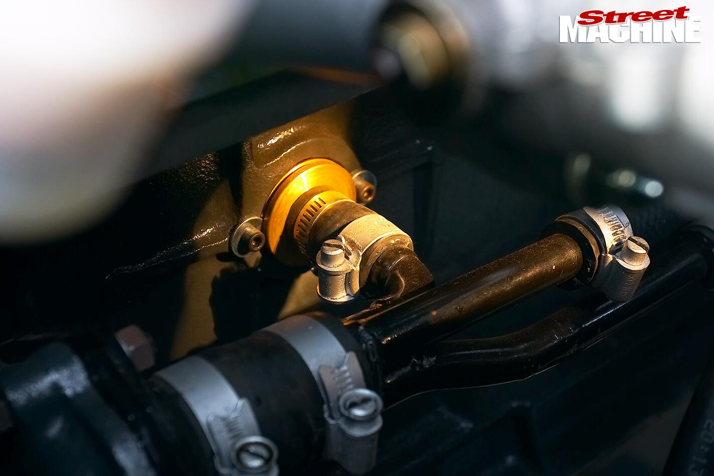Holden -FX-48-215-engine -detail -4
