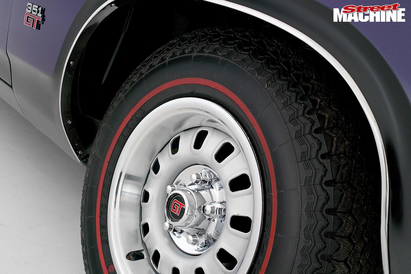 Ford Falcon RPO83 wheel