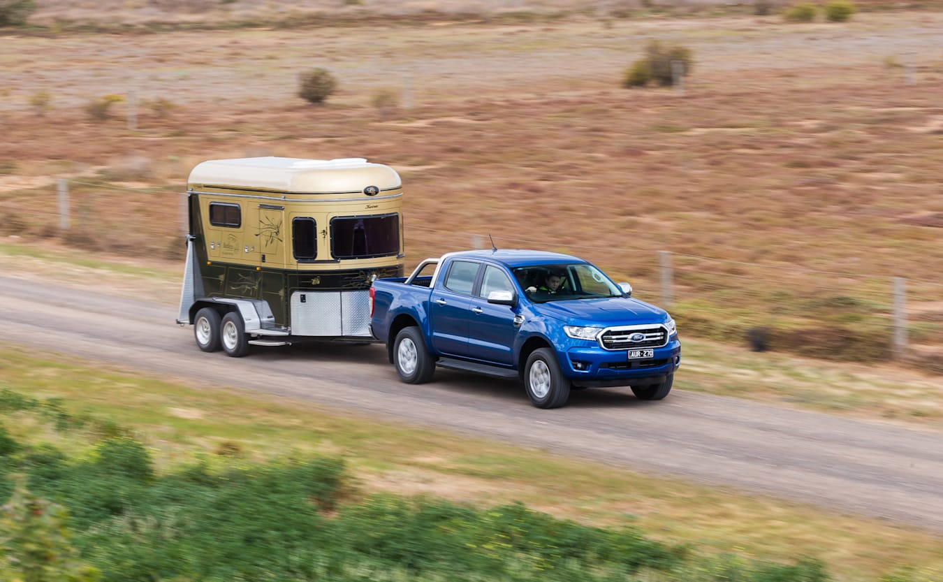 2018 Ford Ranger towing horse float