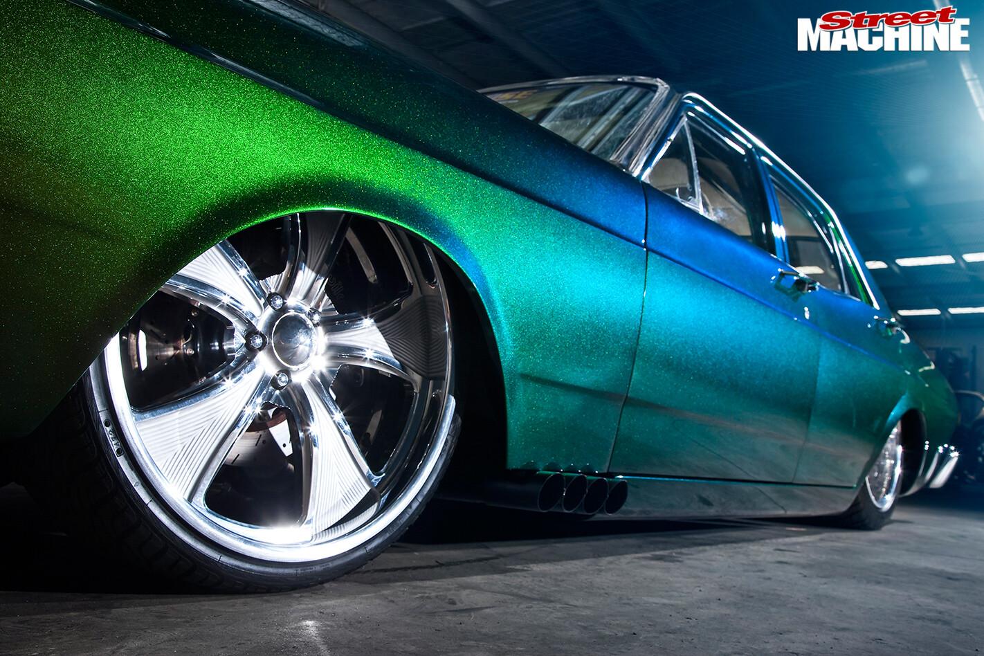 Ford -Falcon -XR-atrisk -wheel