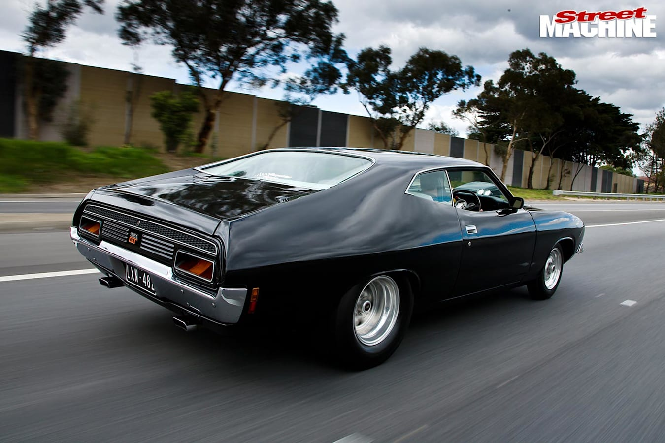 Ford Falcon XB coupe onroad