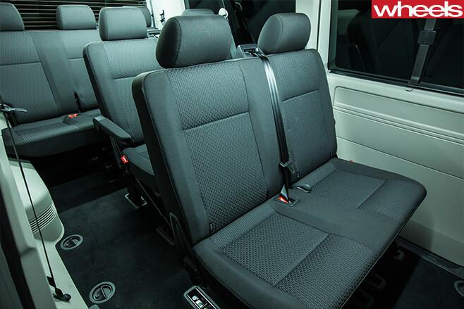 VW-Transporter -Caravelle -interior -seats -roomjpg