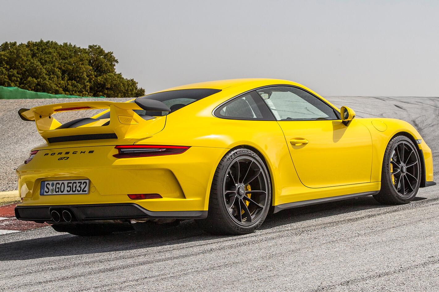 2017 Porsche 911 GT3 manual side profile