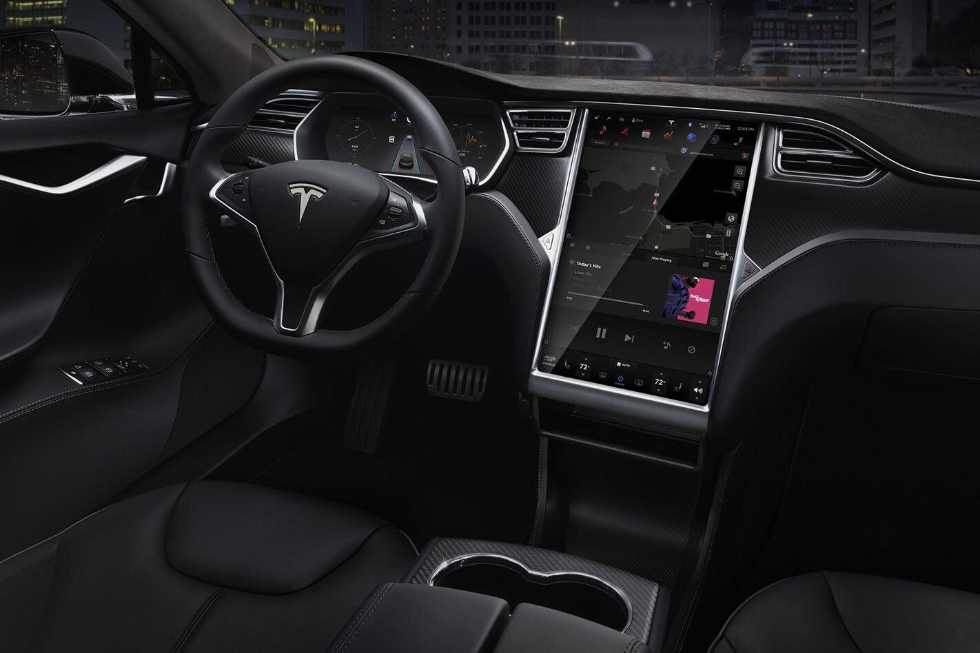 Tesla Autonomous Driving