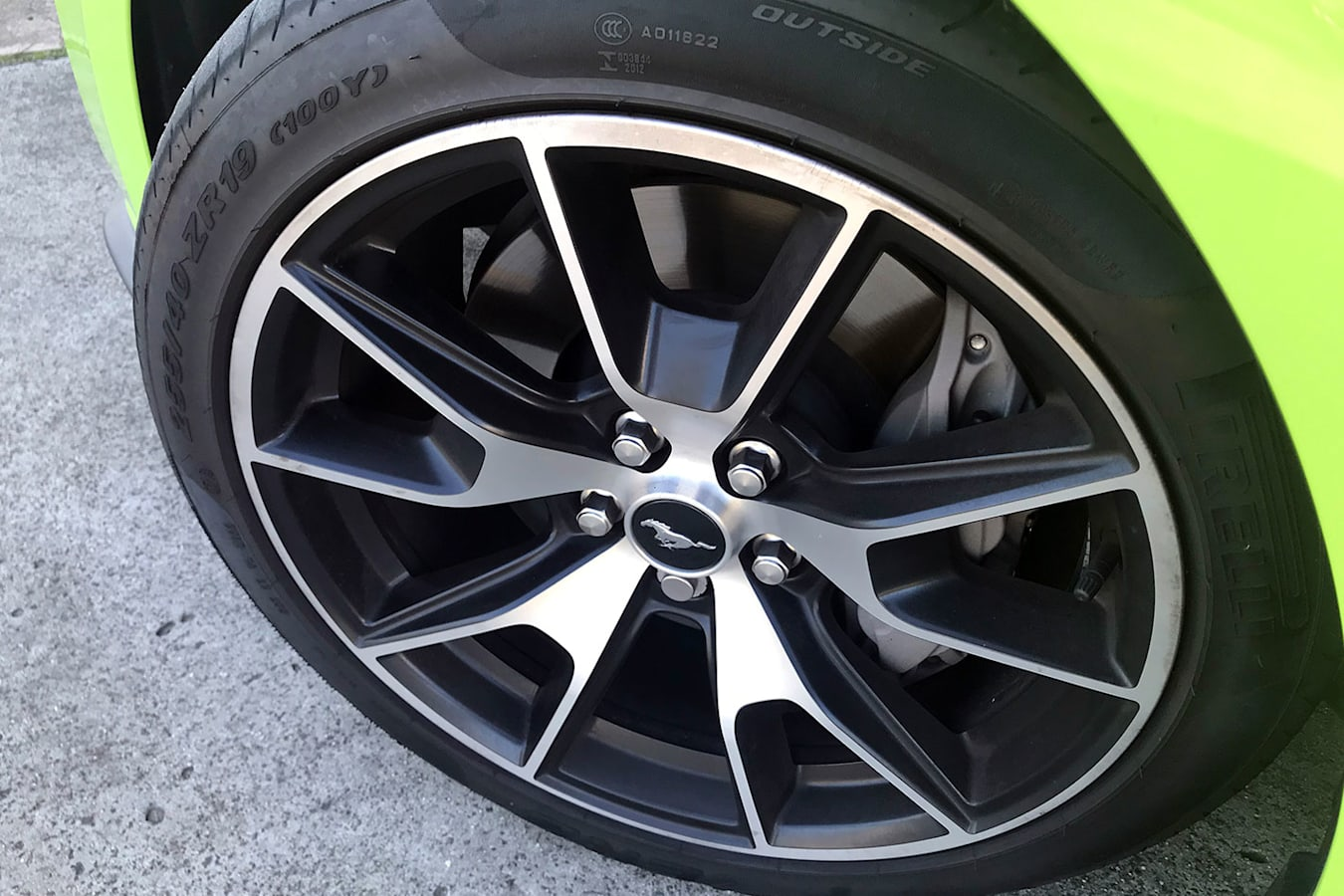 19-inch wheel with performance brakes