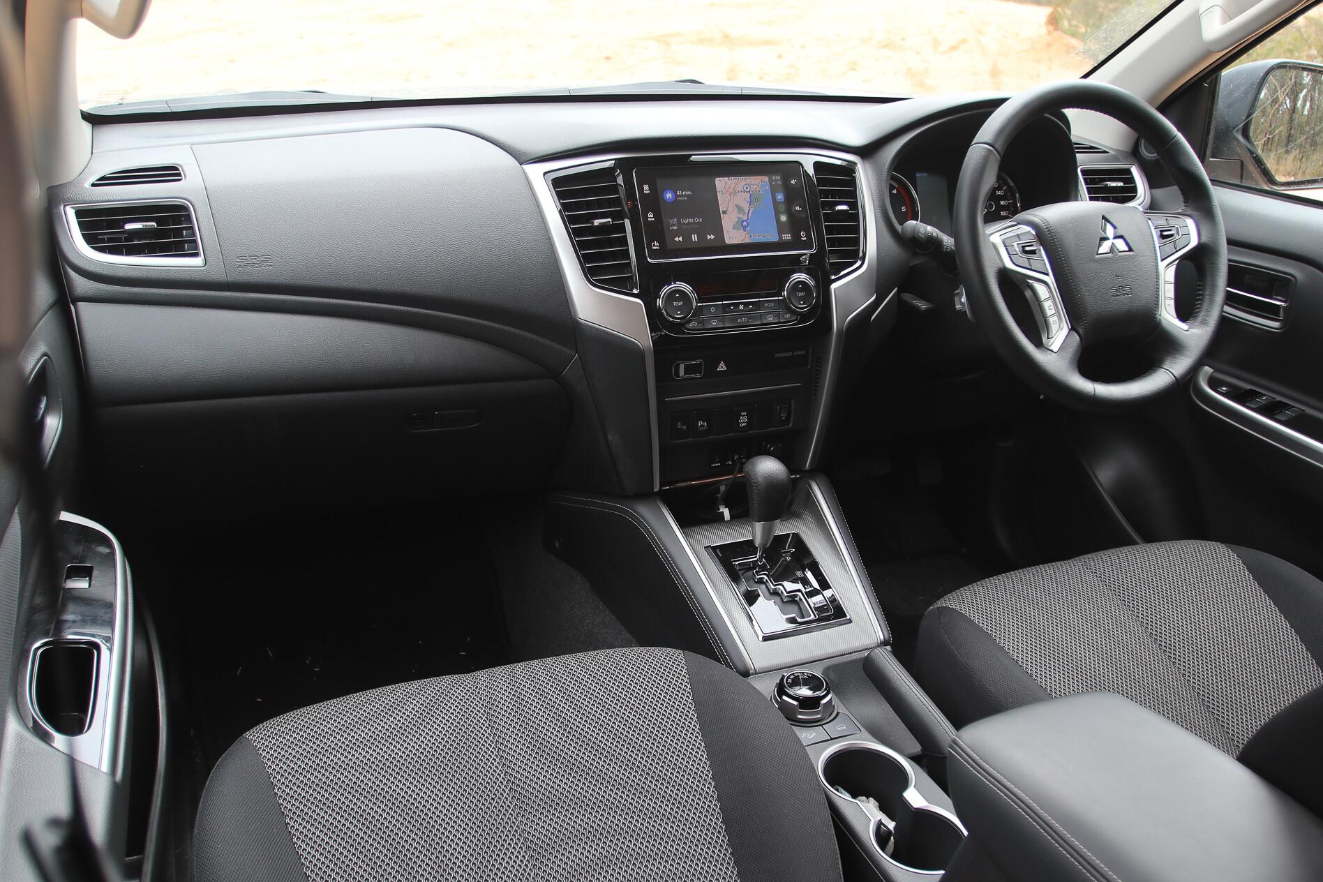 Mitsubishi Triton GLS 2020