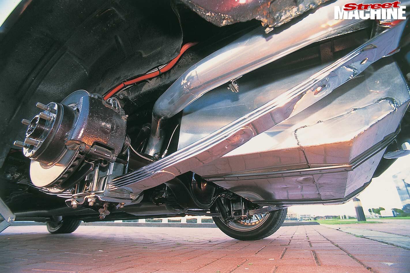 Ford Falcon XE underside
