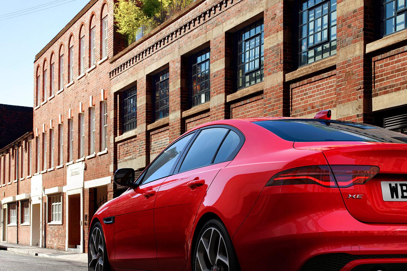 Jaguar Xe Taill Jpg