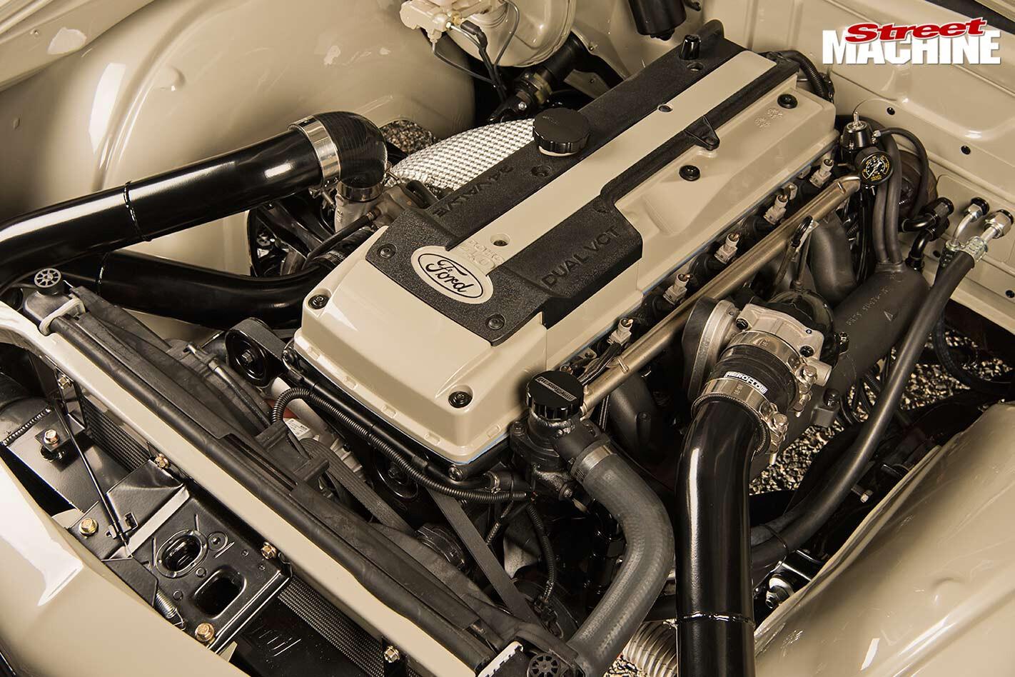 Holden HZ ute sand barra engine bay