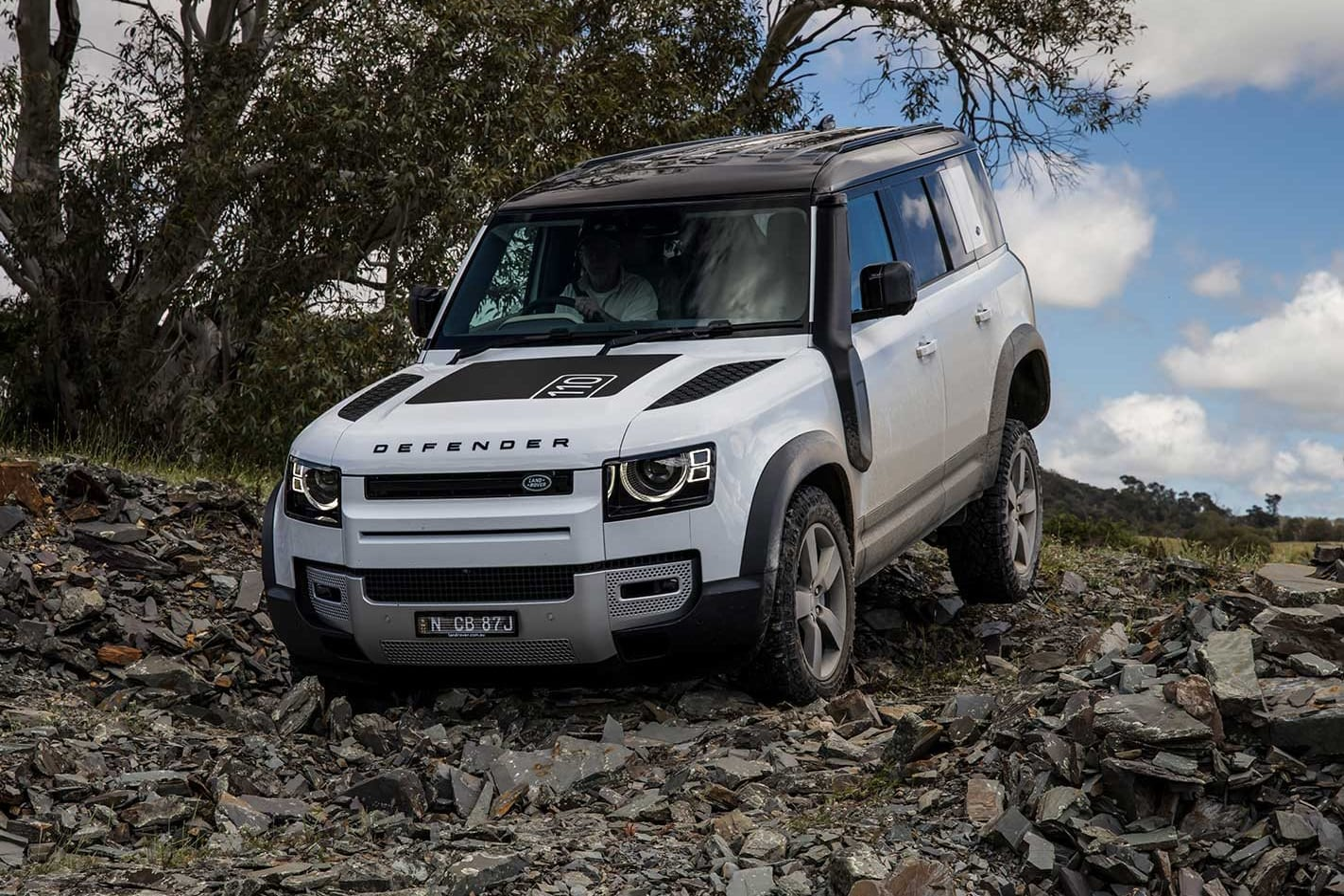 Land Rover Defender 110 P400 SE review