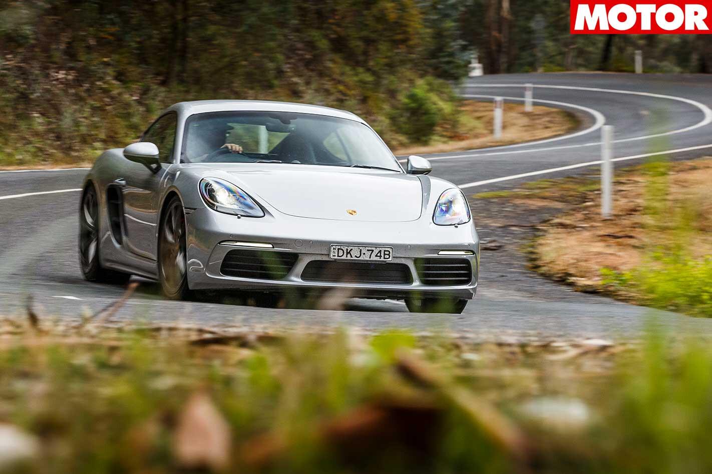 Porsche 718 Cayman S Features