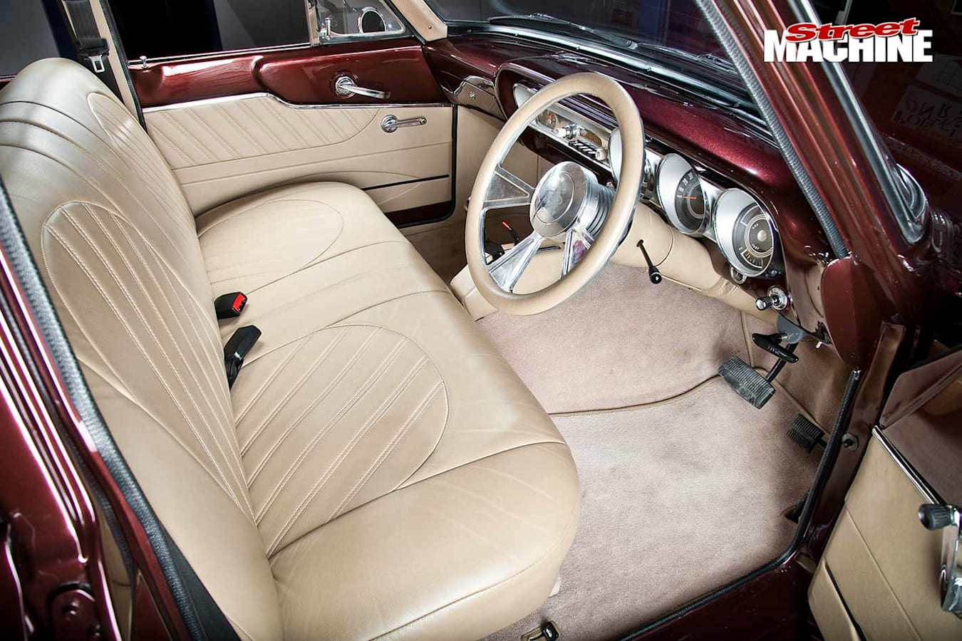 Ford Compact Fairlane interior front