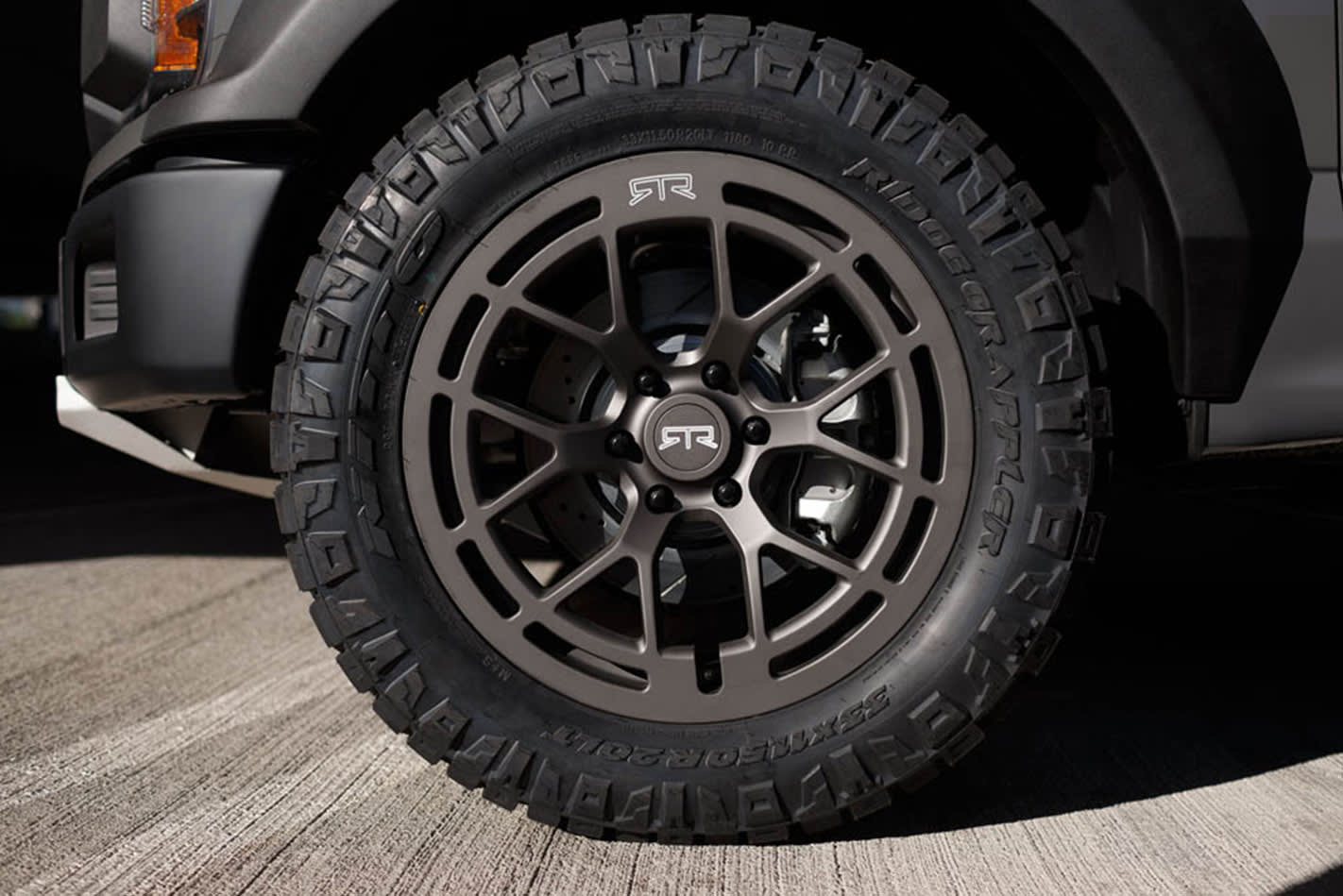 Ford-F-150-RTR-tyres.jpg