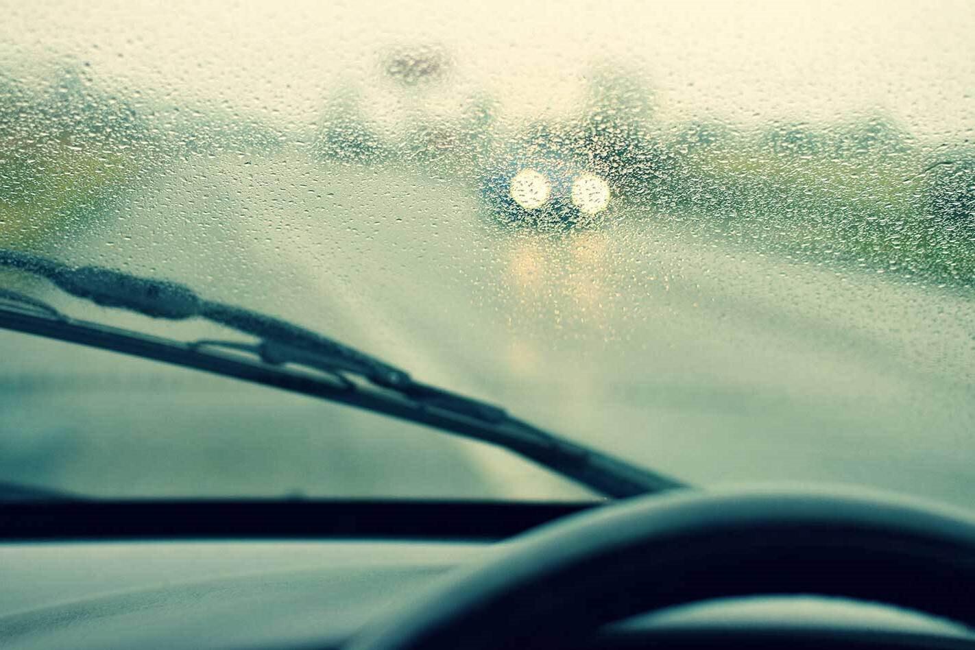 WC 1006 Advice Driving In The Rain Tips Main Jpg
