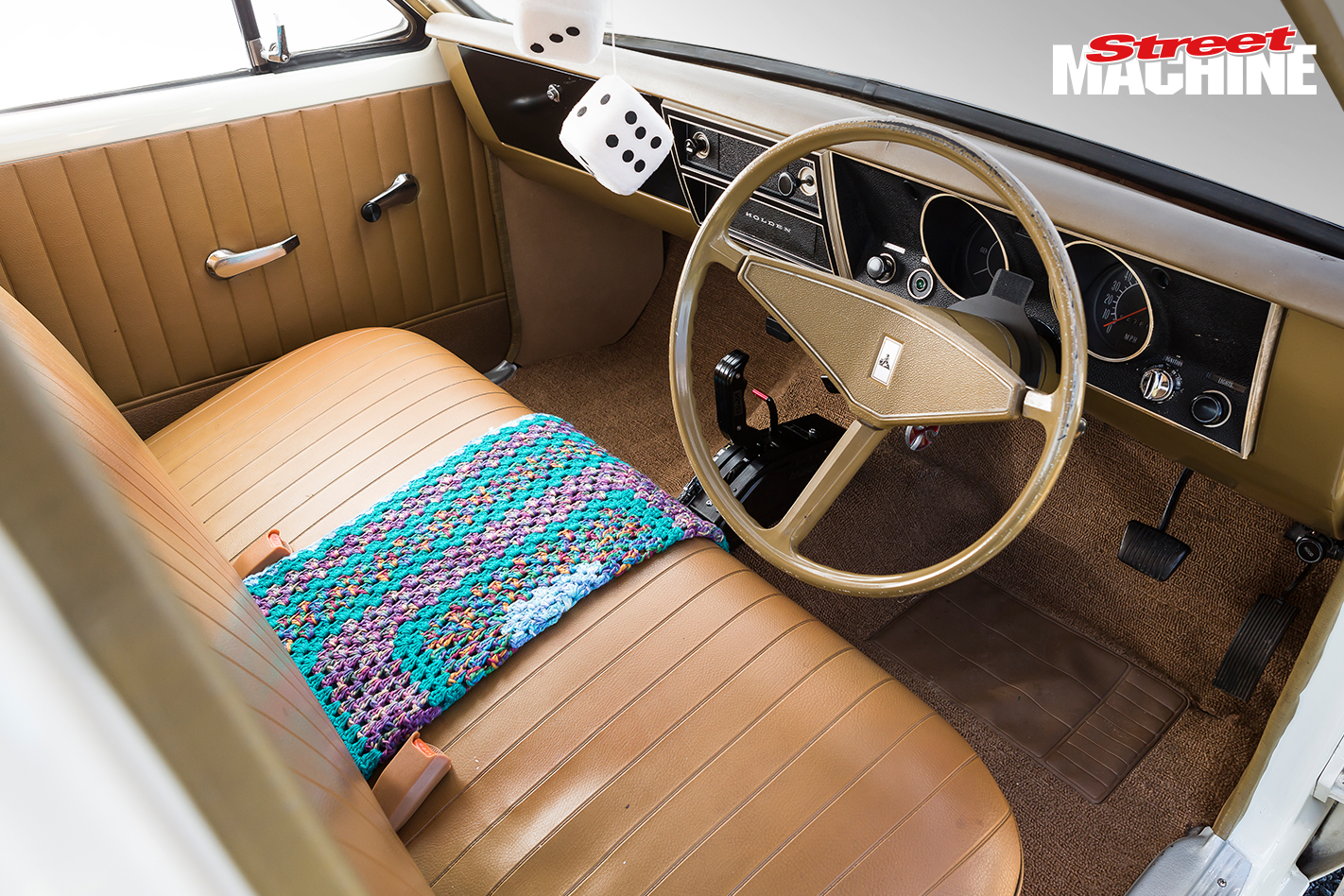 HG Holden Belmont Barra Turbo Interior 4