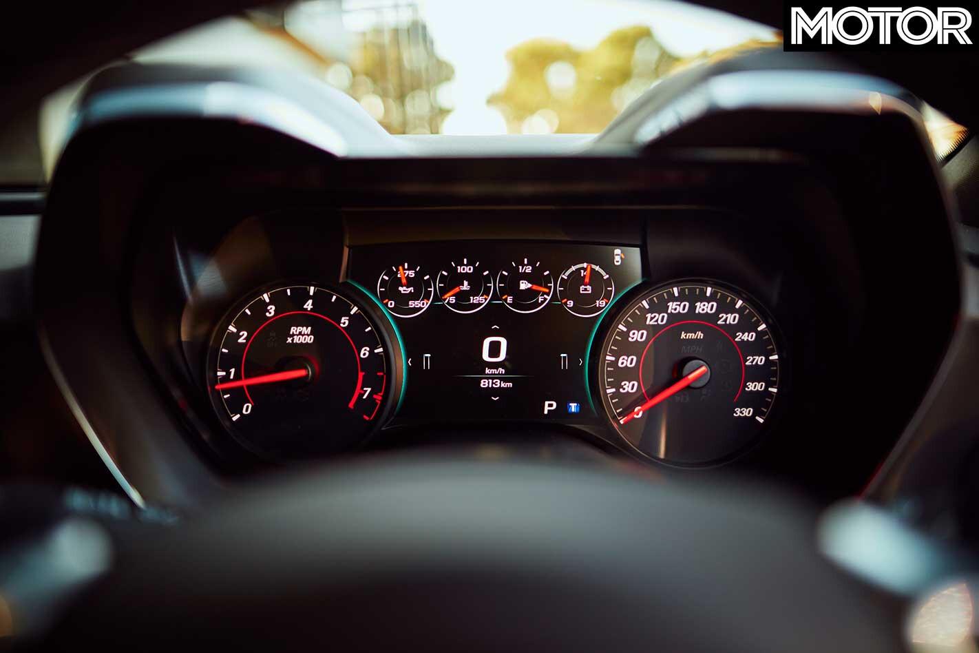 2018 Chevrolet Camaro 2 SS Instrumentation Jpg
