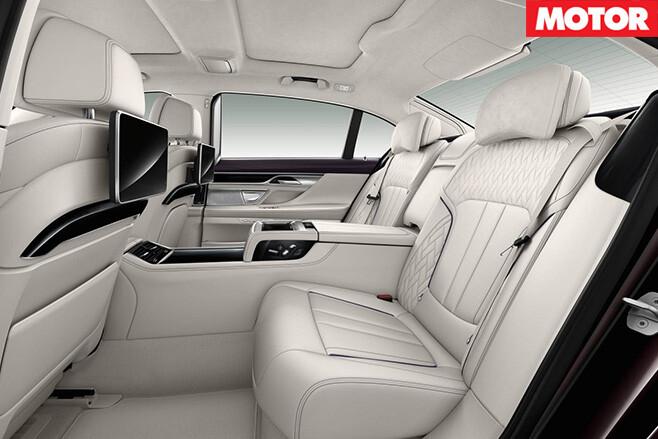BMW-M760Li -x Drive -backseat