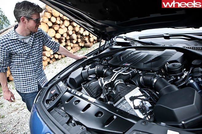 BMW-M5-driving -in -Germany -engine