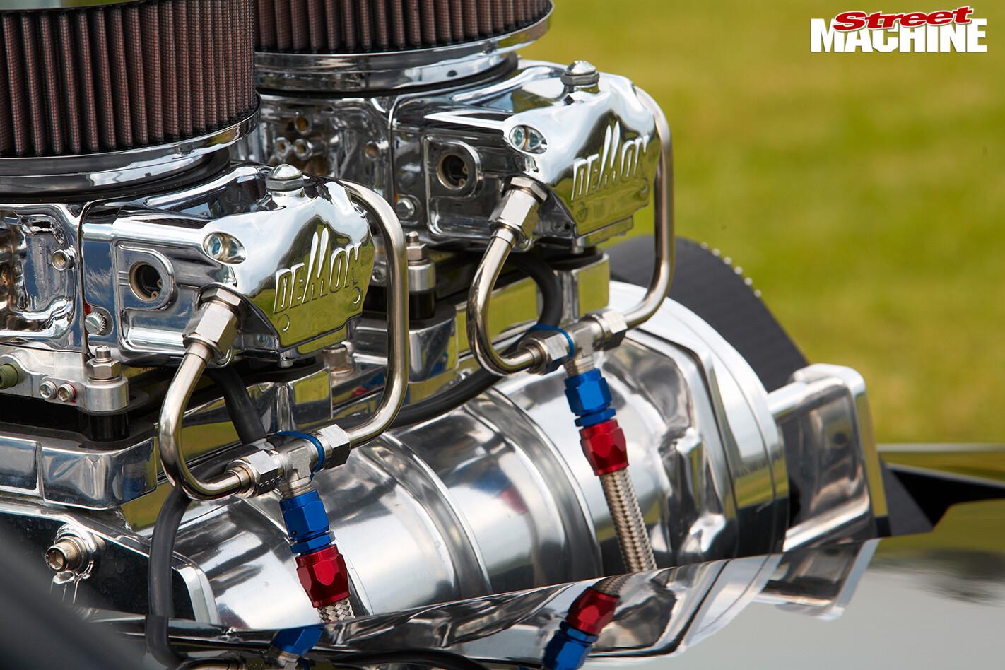 Holden -hq -ute -engine -detail