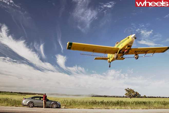 HSV-Track -Edition -plane -fly -over