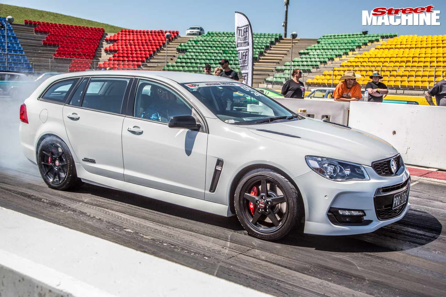 Holden VF sportwagon