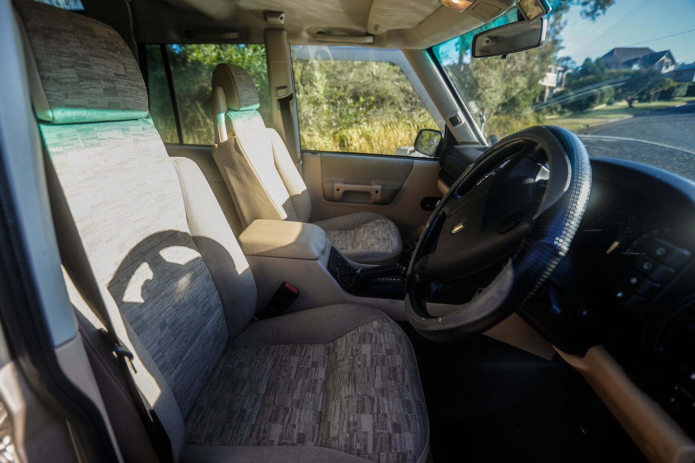 2003 Land Rover Discovery TD5 interior