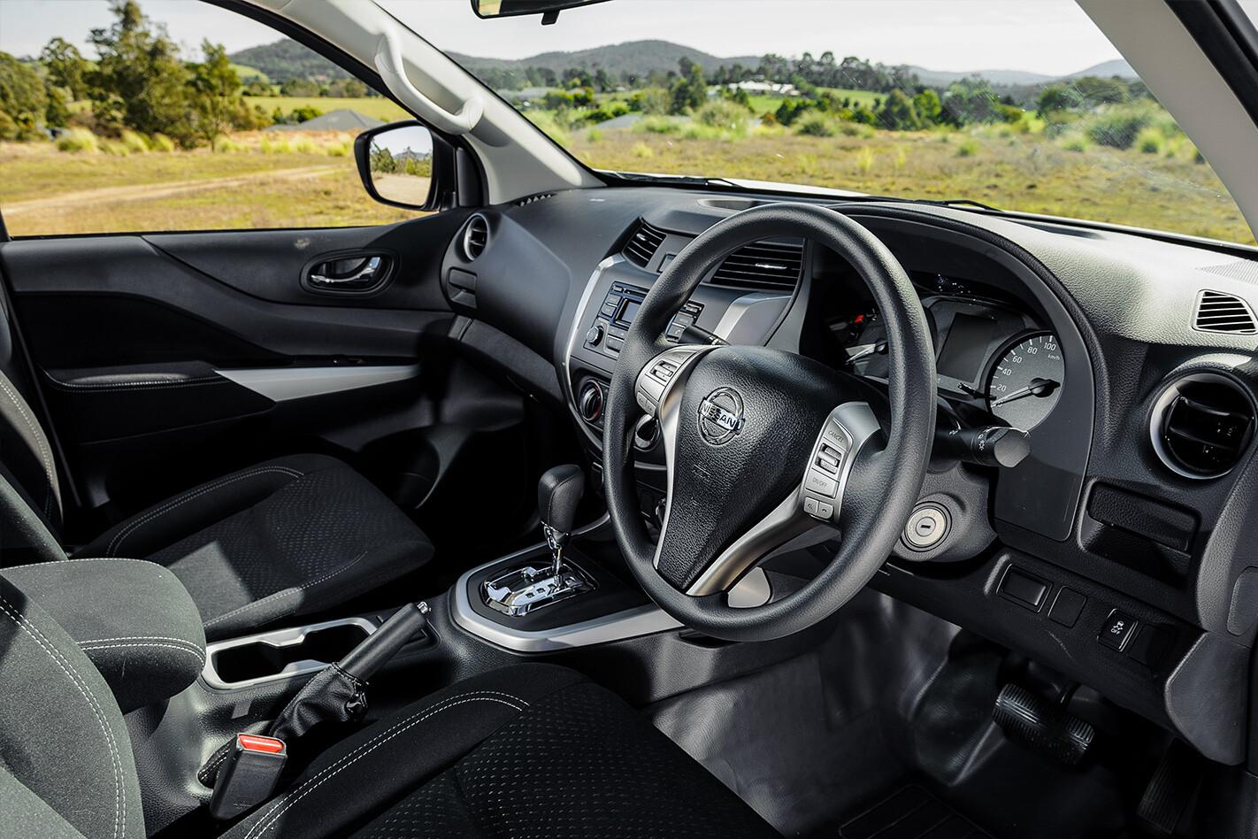 Nissan Navara Interior Jpg