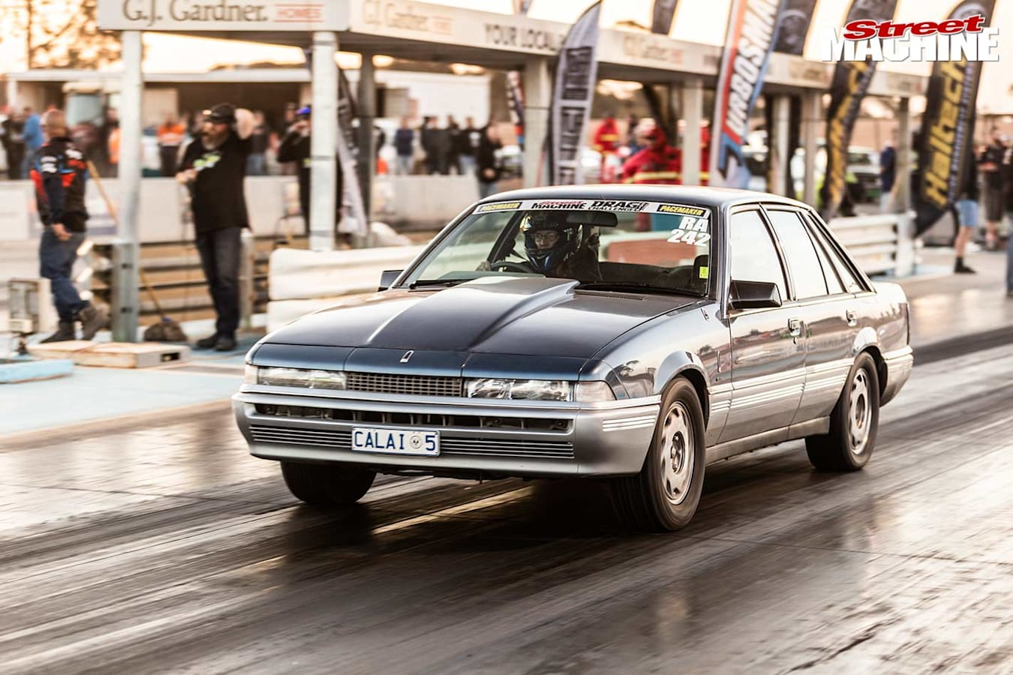 Holden Calais