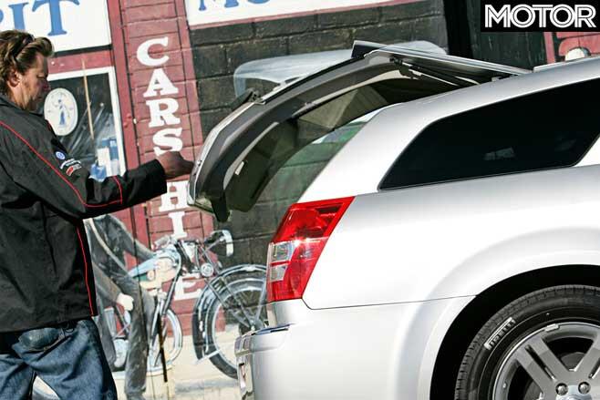 Chrysler 300 C Touring Tailgate Jpg