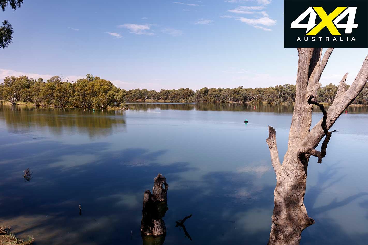 4 X 4 Trip Through Corner Country Darling Murray River Jpg