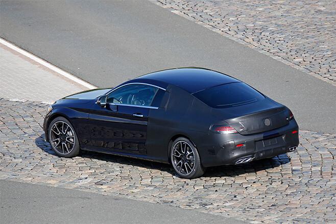 2015-Mercedes -C-Class -Coupe -Spy -side -rear -32