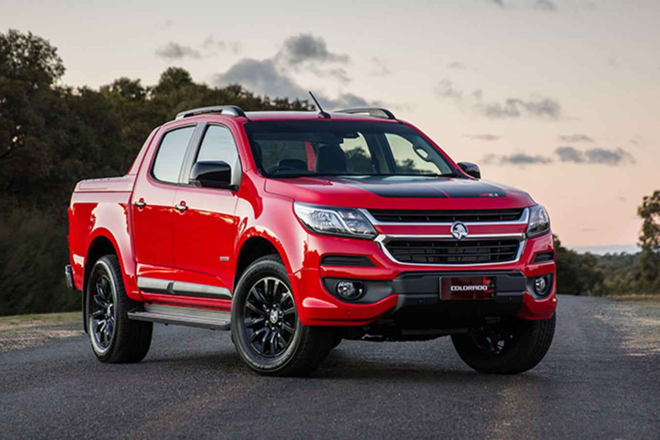 Holden Colorado front side