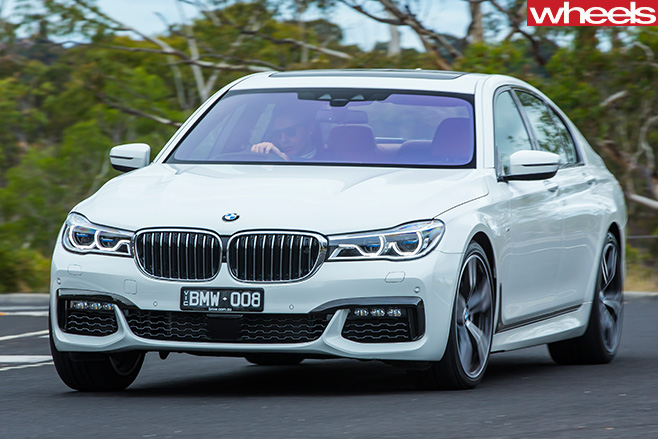 BMW-750i -driving -front