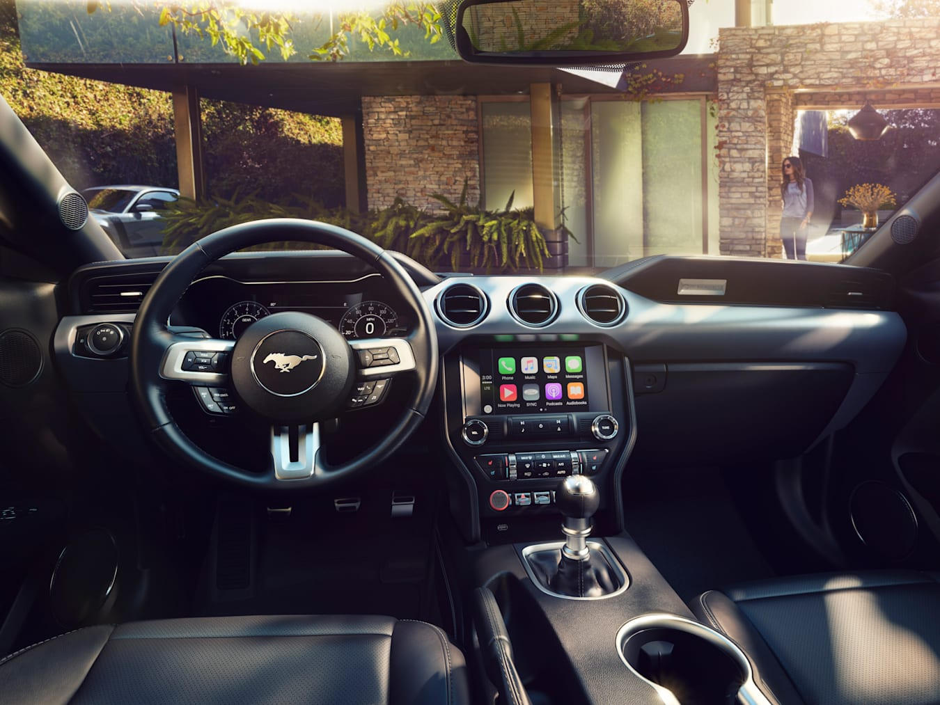 632_New -Ford -Mustang -Interior 1