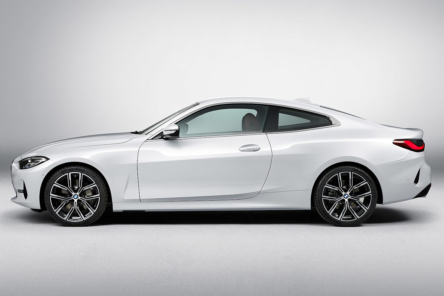 BMW 4 series side